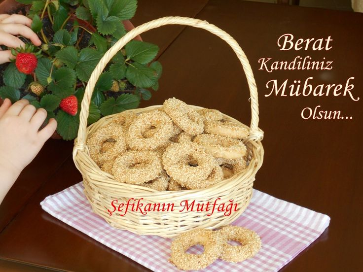 Kandil Simidi http://sefikaninmutfagi.com/kandil-simidi/ #lezzet #KandilSimidi #kandil #kurabiye #cokies #saltedcookies #recipes #yummy