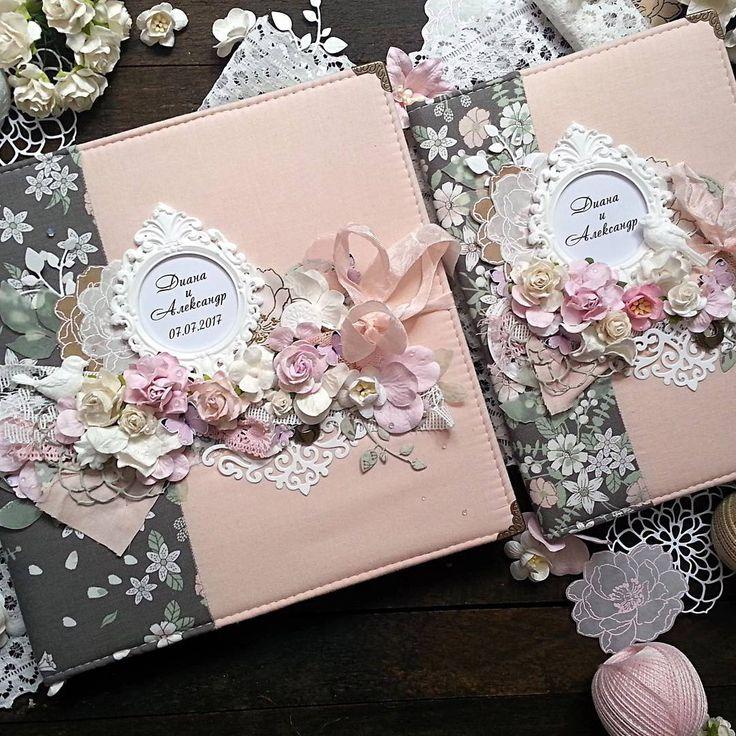 Доброе утро! Наконец могу показать этот нежный цветочный набор из альбома на 72 фото,папки для свидетельства о браке и упаковки. Свадебный подарок творился на заказ и я очень рада,что клиентка меня поддержала с выбором этих тканей и доверилась моему вкусу в декоре! Обожаю такие условия работы- на одном дыхании и с огромным удовольствием!  #скрапбукингбеларусь   #скрапбукинготzelendinka  #папкадлясвидетельства  #скрапбукинг  #папкадлядокументов  #свадебныйальбомручнойработы