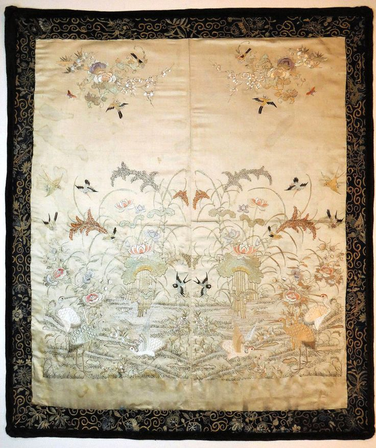 c1900, DETAILED ANTIQUE QING CHINESE HAND EMBROIDERED SILK PANEL PICTURE BIRDS