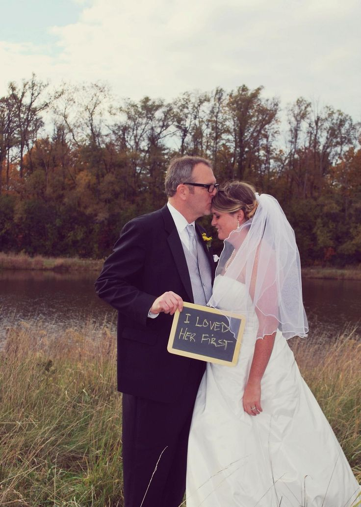 Father daughter wedding photo My husband's first pin LOL he loves this!