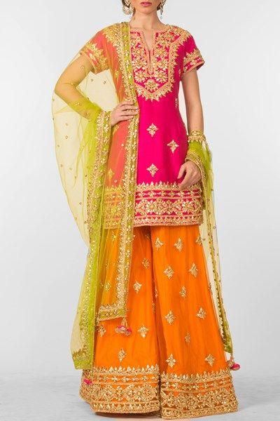 Fushia and orange sharara pants set. #carma #carmaindia #designer #luxury #diwali #festiveseason #elegant #fun #cute #chic #preetiskapoor #cropthetop #tops #shopnow #onlineshopping #bollywoodstyle #celebritystyle #ootd #indianfashion #mushave #sale #bestbuys