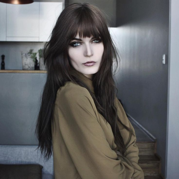 Long hair + franja Caroline Nehring