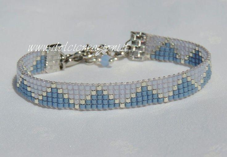 bracciale realizzato a telaio con Miyuki Delica Beadloom bracelet http://www.dolcicreazioni.it/dc/Bracciali-telaio-loomwork-twotones.html