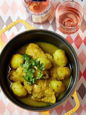 【ELLE a table】ジンジャーとターメリックの鶏肉じゃがいも鍋レシピ|エル・オンライン