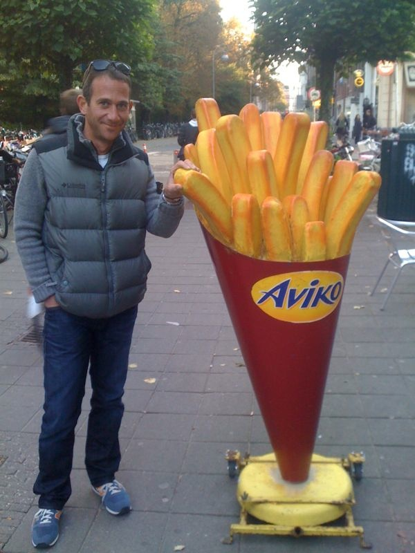 "dutch junk food, chips! ""patatje"" or ""friet"""