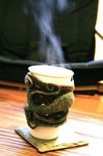 Octopus Coffee Sleeve : Free Ravelry pattern