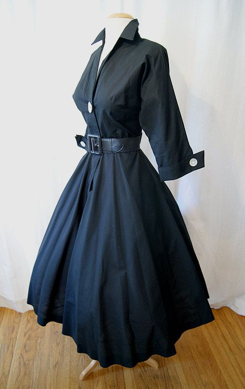 1950's Day Dress - I remember my mom wearing this dress when she was teaching school! Always wanted one just like it! <3