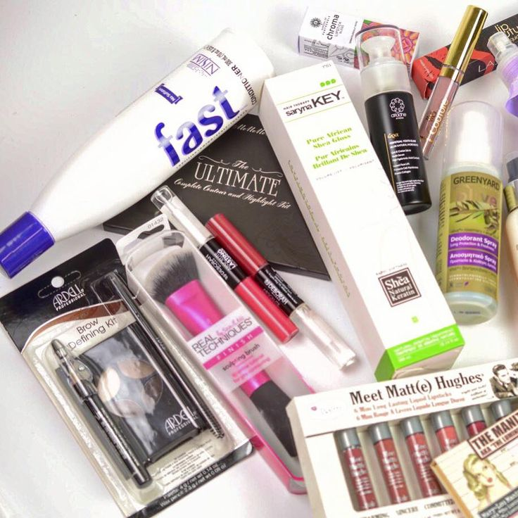 """o #beautytestboxeshop σας """"σερβίρει"""" τα αγαπημένα προϊόντα της εβδομάδας!❤🔝😘 Find Here ➡ www.beautytestbox.com ✔️ #beautytestbox #beauty #cosmetics #product_of_the_week #BeautyGreece #Greekeshop #ShippingToCyprus #topproducts #instabeauty #instapic #picoftheday"""