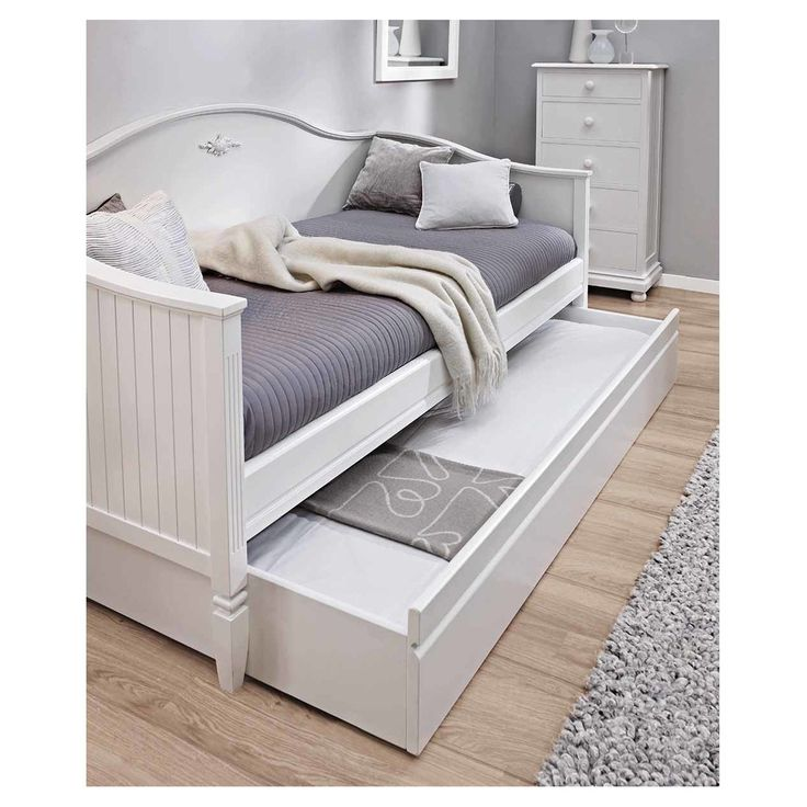 Best 25 divan cama ideas on pinterest div n hemnes for Cama hemnes