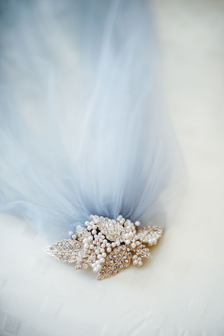 44 best Bridal Hair Accessories images on Pinterest | Bridal hair ...