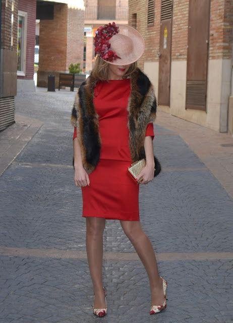 """""""MICA&CO"""" PRIMERA BODA DEL AÑO - Un vestidor con ideas #fetishpantyhose #pantyhosefetish #legs #heels #blogger #stiletto #pantyhose #collant #tan"""