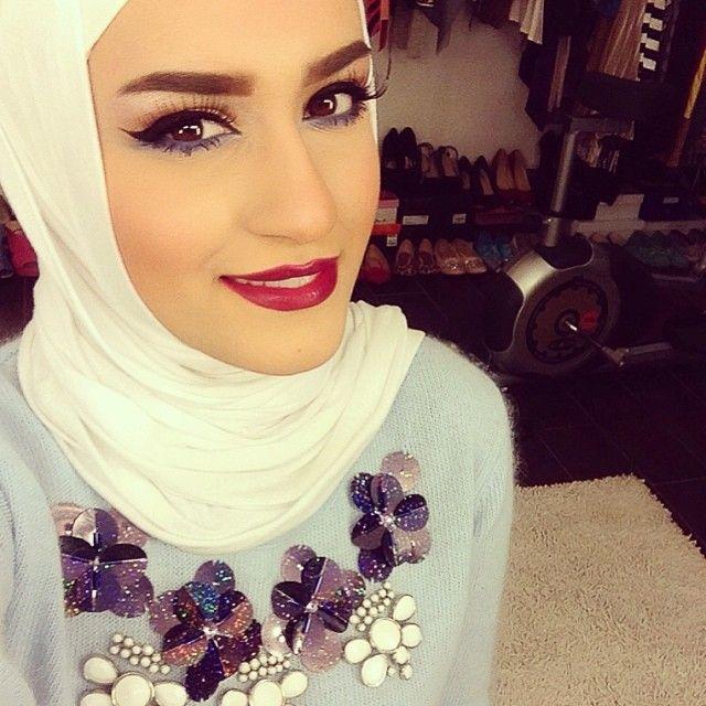 Dalal AlDoub @Dalal Al Omairi ▲ دلال العميري Mustafa AlDoub Instagram photos | Webstagram