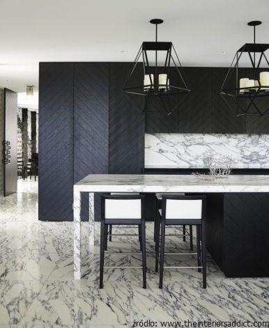 Podłoga z marmuru w kuchni