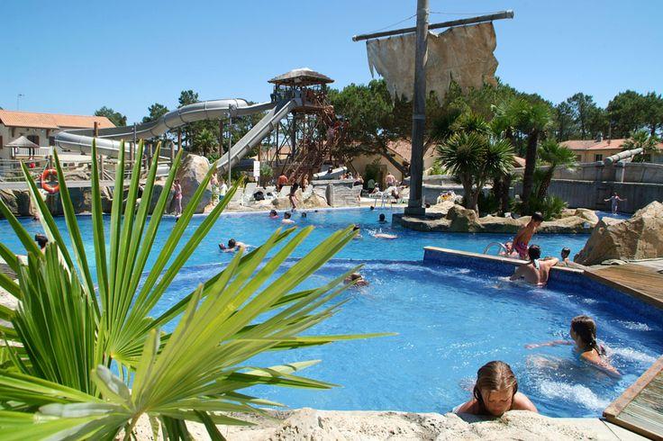 Parc aquatique du camping Le Vieux Port #piscine #aquatique #jacuzzi #toboggan #camping #landes #plages #messanges #campinglevieuxport #levieuxport #vacances