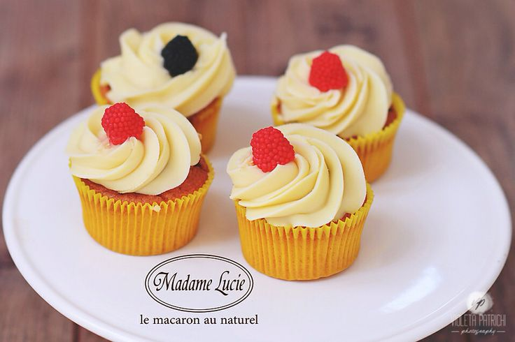 Vanilla Flavoured Cupcakes by Madame Lucie