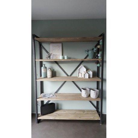 Industriële boekenkast van gebruikt metaal en old look hout!