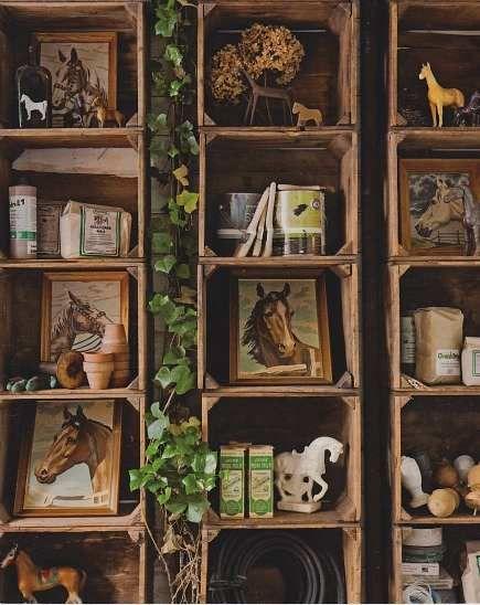 stacking old crates: Stuff, Shelves, Old Wooden Crates, Display, Crates Ideas, Wood Crates, Crate Ideas, Diy, Crafts