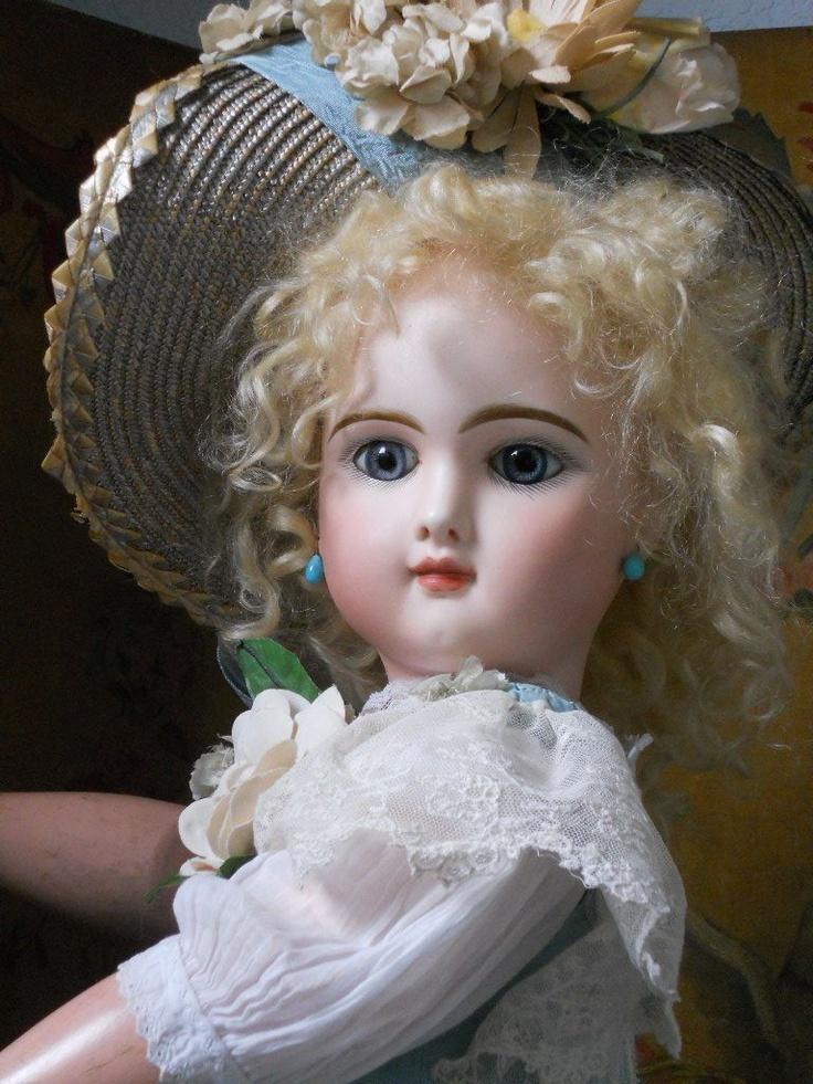 52 best dolls from the 1800 39 s images on pinterest old dolls antique dolls and vintage dolls. Black Bedroom Furniture Sets. Home Design Ideas