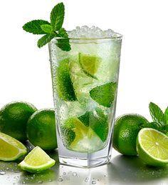Heerlijk die zomer! Tijd voor een lekkere cocktail! Maar wat nou als je zwanger bent of nog moet rijden? Geen nood met deze alcoholvrije cocktail recepten.