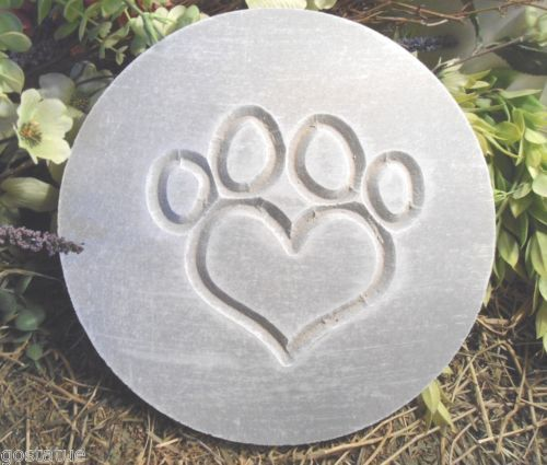 PLASTIC-MOLD-plaque-heart-paw-plastic-mold-mould-see-SS-version-too