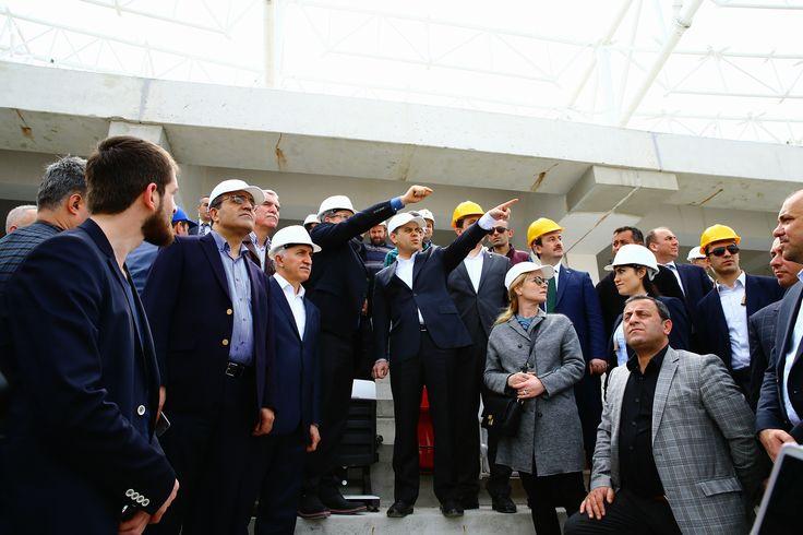 Samsunspor Yönetim Kurulu ve Futbolcular ile Samsun Stadyumu'nu inceledik.