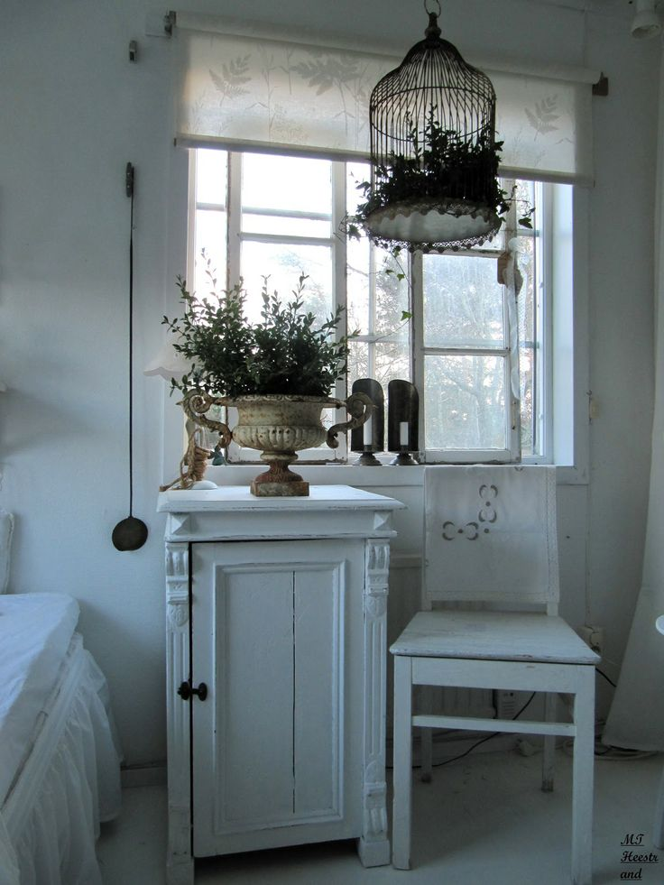 Guest Bedroom, Bedside Table. White, Grey, Black, Chippy, Shabby Chic, Whitewashed, Cottage, French Country, Rustic, Swedish decor Idea. ***Pinned by oldattic ***.