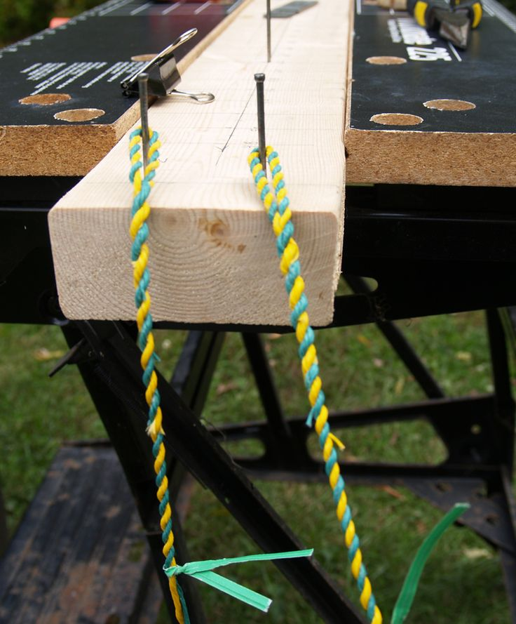 Use twist ties when building a Flemish Twist bow string