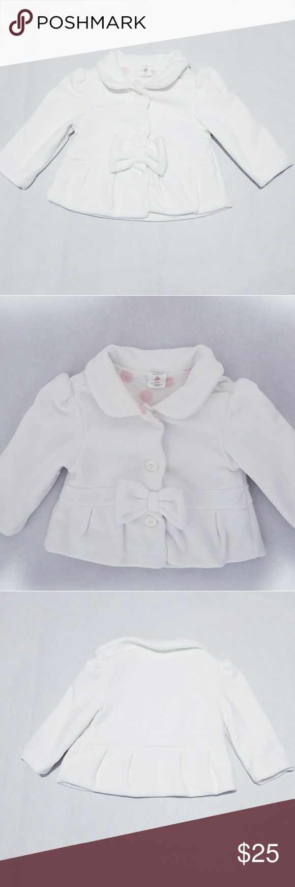 "Starting Out Baby Girl Coat Jacket Blazer 12 M Starting Out Baby Girl Coat sweater jacket   Longsleeves  Color ivory / white   Size 12 months  Approx measurements  Chest 22""  length 12""  Sleeve length 11"" Shoulder to shoulder 10""  In very good condition   Smoke free and pet free home Starting Out Jackets & Coats"