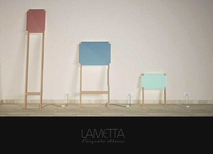 Lametta è una collezione di lampade pensata per arredare spazi insoliti. Corridoi, disimpegni, scale e ogni altra parete, che non sappiamo come arredare, avrà il suo complemento ideale. Il fascio di luce si irradia sul muro, delineando gli spazi in maniera diversa a seconda del modello che preferite.
