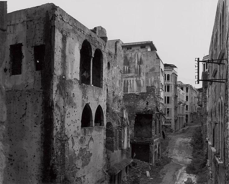 Gabriele Basilico: Beirut, 1993. Domus 748 / April 1993