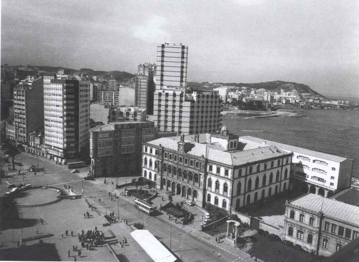 PLAZA DE PONTEVEDRA,AÑOS 70.