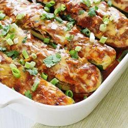 Chicken Enchilada Stuffed Zucchini Boats- a fun twist on a Mexican ...