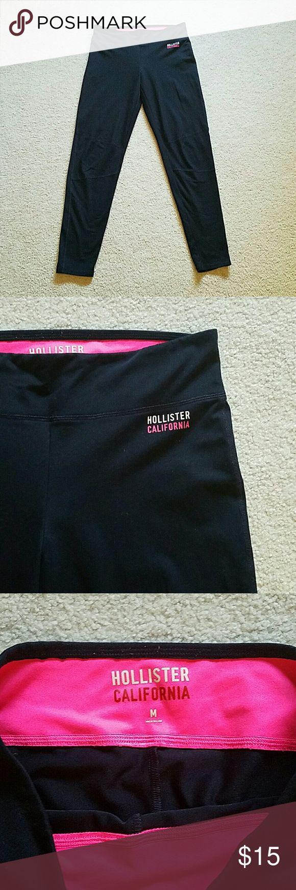 Navy Hollister leggings Navy Hollister leggings~ size medium~ excellent condition!! Hollister Pants Leggings