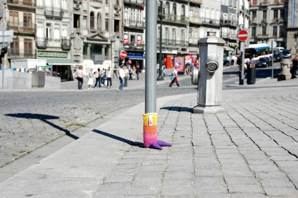 knitted Monster Foot @ Porto (PT) by Maluca: Monsters Foot, Knits Monsters