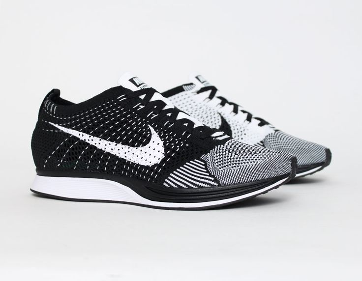 #Nike #Flyknit Racer White Black #want