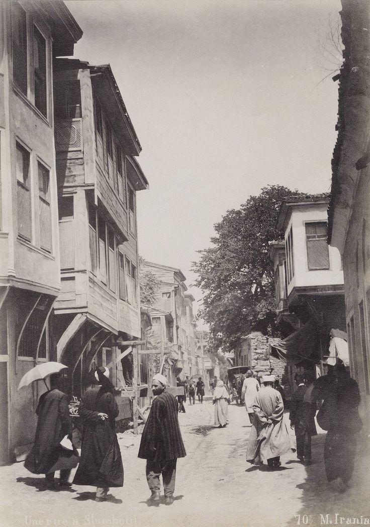 Bir zamanlar İSTANBUL, Üsküdar'da bir sokak...