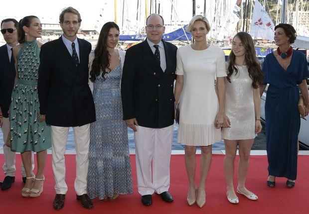 De gauche à droite, Gad Elmaleh, Andrea Casiraghi et sa femme Tatiana, le Prince Albert II et la princesse Charlène ...Alexandra de Hanovre, et Caroline de Monaco.