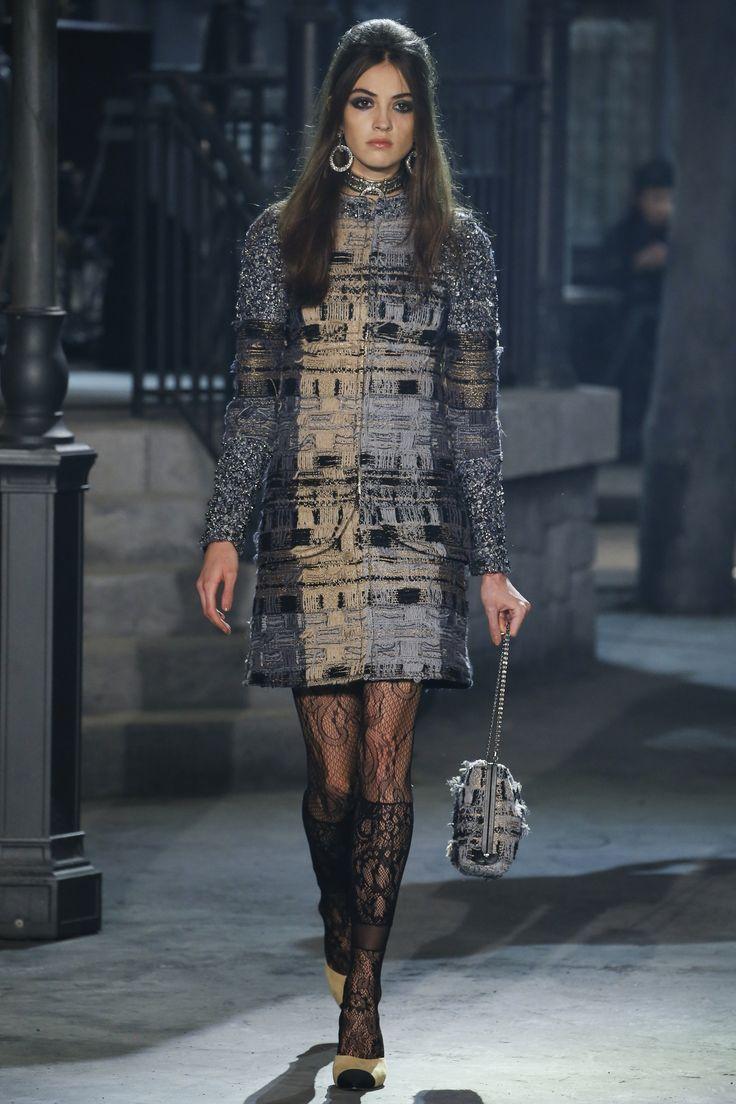Chanel Pre-Fall 2016 Fashion Show
