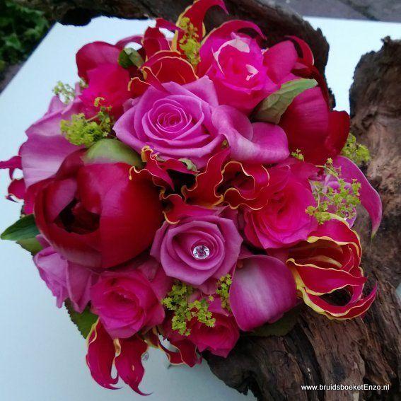 bruidsboeket roze fuchsia calla pioenroos