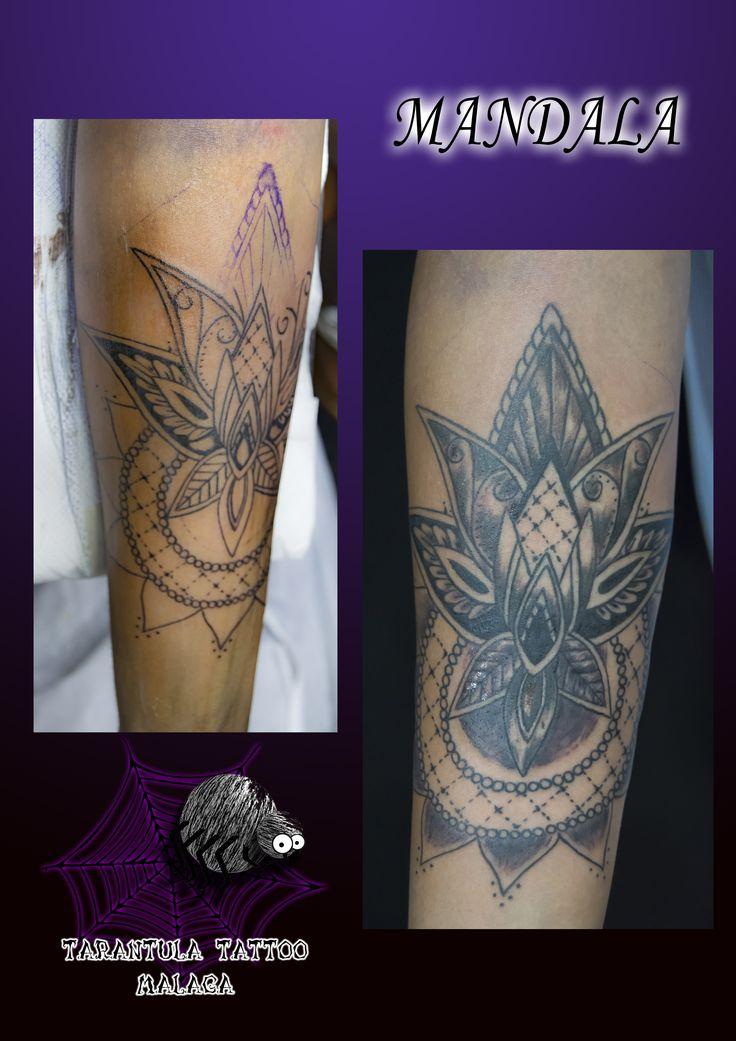 """Hermoso #mandala tatuado por la #artista #tatuadora en #Málaga #iciarorozco #arte #tatuaje #tattoo #ink #costadelsolart #shadows #sombra y un poquito de cultura:Historia y Origen del Mandala. La palabra mandala viene de la India y proviene del sánscrito, y significa """"Círculo Sagrado"""""""