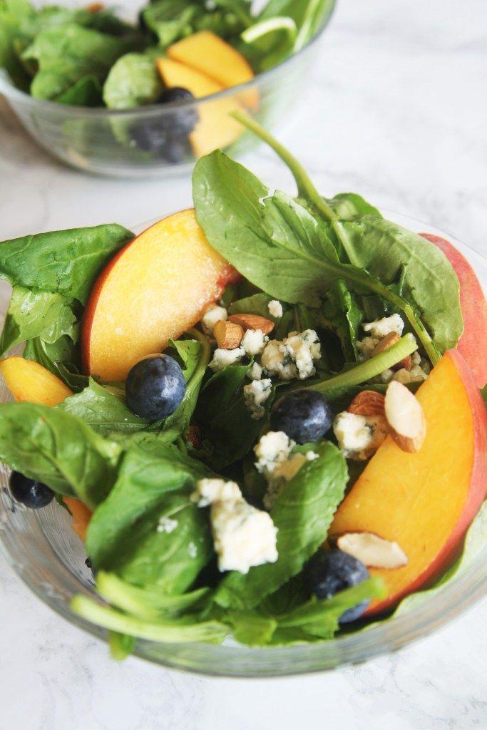 Arugula Salad with Peach, Blueberry, and Gorgonzola