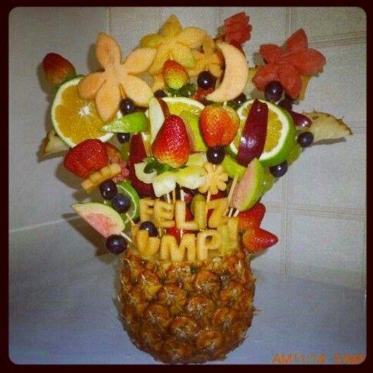Arreglo de frutas frutas pinterest for Centros de mesa con frutas
