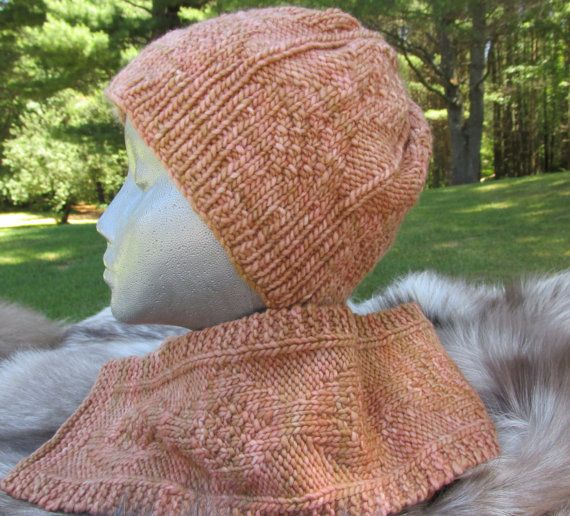 Hat and Scarf Set by KingstonAlpacaKnits on Etsy This looks so soft. Love the color