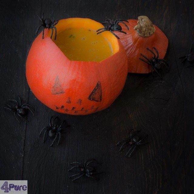 Spicy pumpkin soup Halloween style