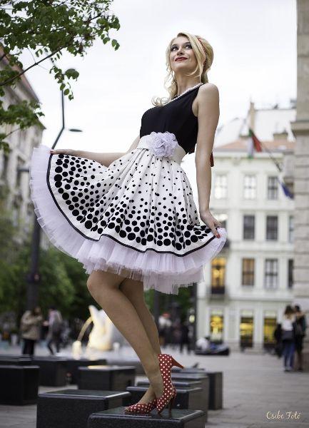 Egy igazi díva... She's really Star - 50s fashion