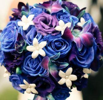 Znalezione obrazy dla zapytania bukiet ślubny niebieskie kwiaty