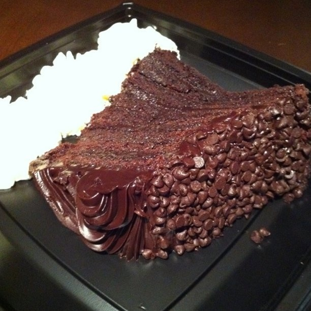 Lindas Chocolate Fudge Cake