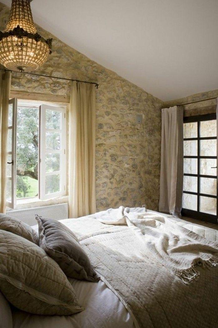 chambre a coucher rustique avec parement pierre naturelle