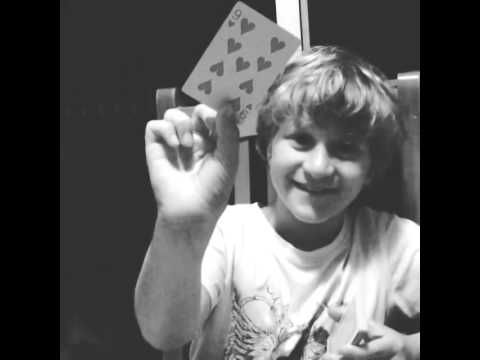 Harry Irwin's magic trick>> daww, so cute x3