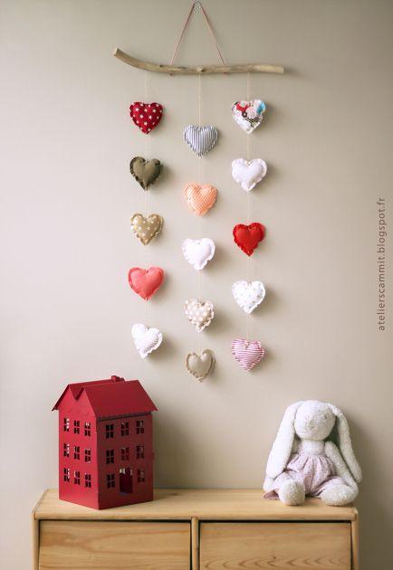 Mobile cœurs la suite par atelierscammit -